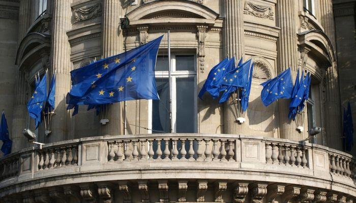 Pozitivno mišljenje o EU 39 ima odsto građana Srbije