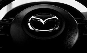Mazda povlači 190.000 automobila zbog brisača