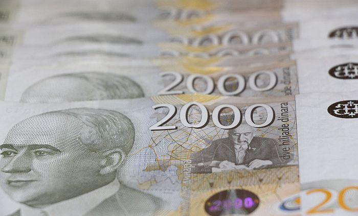 U kafani u Kucuri isplata novca za glas, džipovi iz Novog Sada kod biračkih mesta