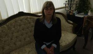 Država devet dana ignoriše štrajk glađu direktorke Kanala 9
