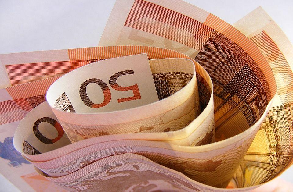 NKD: Zašto Nišu nije otpisan dug i kamata od 6.000 evra dnevno, a poklonio je aerodrom?