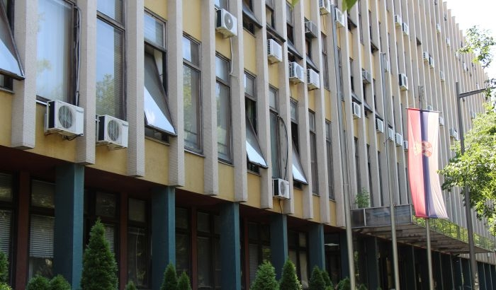 Odloženo suđenje mladiću za brutalno prebijanje devojke  na Podbari, advokati odbrane traže da se isključi javnost