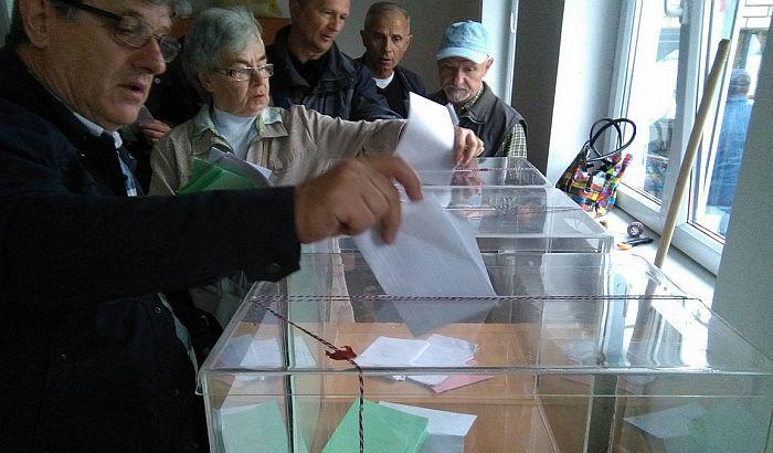 Zatvorena birališta na izborima za četiri gradonačelnika na severu Kosova i Metohije