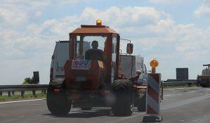 Radovi na deonici državnog puta Nova Pazova - Inđija, zatvorena preticajna traka