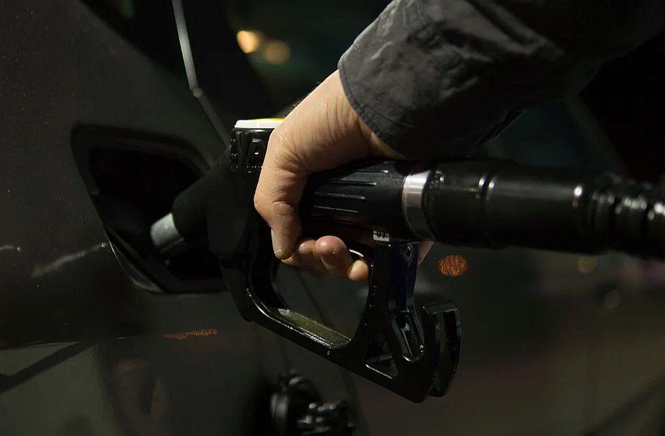 Čelnici G-7 žele smanjenje prodaje benzinskih i dizelskih automobila
