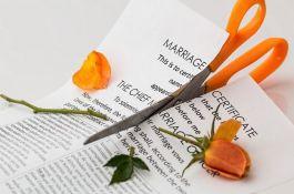 Epidemija virusa korona u Srbiji uticala i na brakove, najviše na one koji su i ranije imali probleme