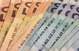 Srbija u grupi zemalja u kojima EU investira više od Kine