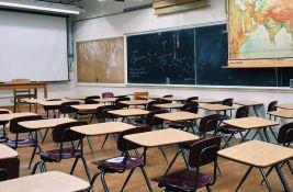 Tiodorović: Začuđen sam odlukom o nastavi, neophodno je da deca 10 do 15 dana ne idu u školu