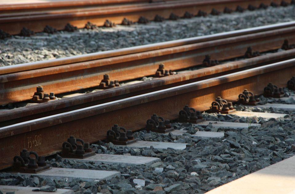 Upozorenje: Na pruzi Novi Sad - Stara Pazova kontaktna mreža pod visokim naponom