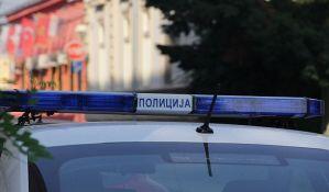 Identifikovan muškarac koji je bahatom vožnjom ugrožavao saobraćaj u Zemunu