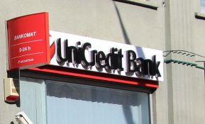 Unikredit banka razmatra otpuštanje 10.000 radnika