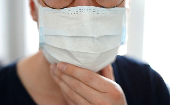 Blic: Kazna za nenošenje maske u zatvorenom će biti 5.000 dinara, izricaće se na licu mesta
