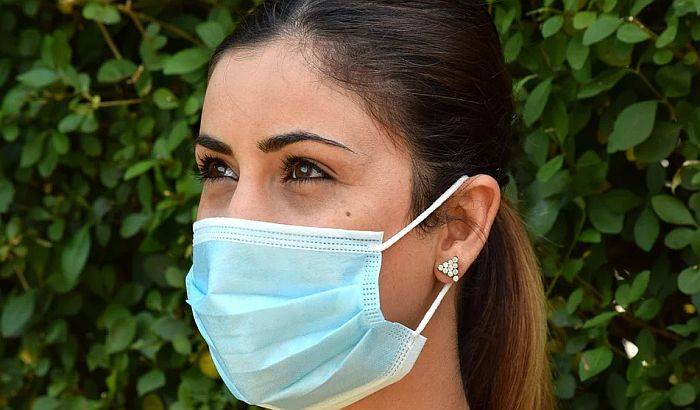 Japanski istraživači: Maske ne mogu potpuno da eliminišu rizik od zaraze koronom