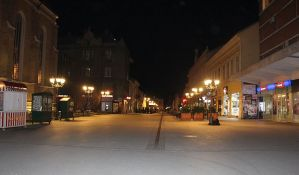 Večeras se ukida autobuski prevoz, zatvaraju se kafići, restorani i tržni centri