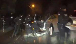 VIDEO: Uhapšeni zbog podmetanja bombe pod automobil Slobe Snajpera na Grbavici