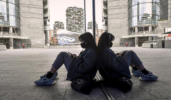 U Italiji prodavali maske protiv virusa korona za 5.000 evra po komadu