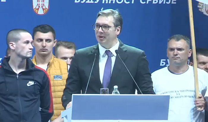 FOTO, VIDEO - Vučić na mitingu