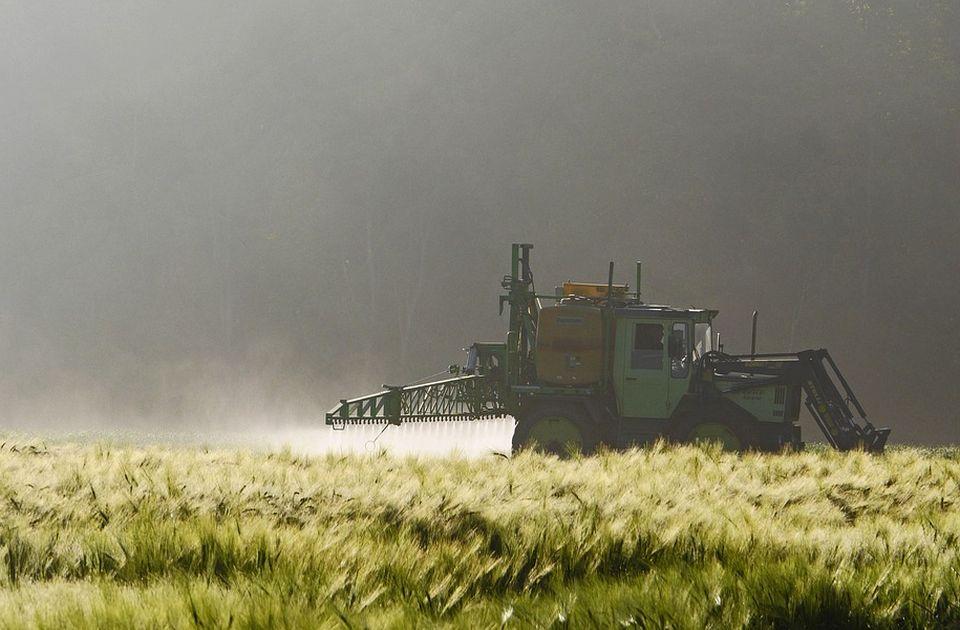 Švajcarci na referendumu odlučuju o pesticidima: Zabraniti ih potpuno ili ne