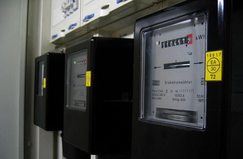 Šta sve uvećava račun za struju: Plaća se porez na porez