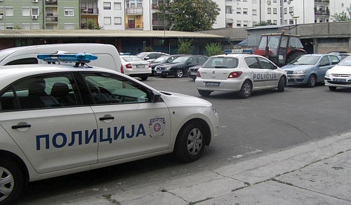 Opljačkali prodavnicu u Novom Sadu pa pokušali da pobegnu iz zemlje