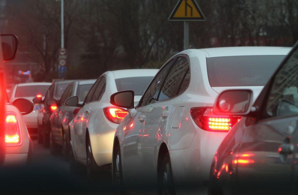 Sve više evropskih zemalja uvodi radare protiv bučnih automobila i motocikala