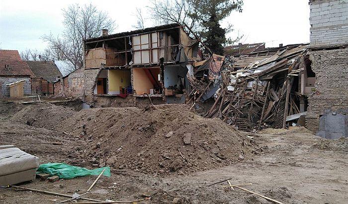 Optuženi za rušenje dela zgrade u Dositejevoj na optuženičkoj klupi 16. septembra