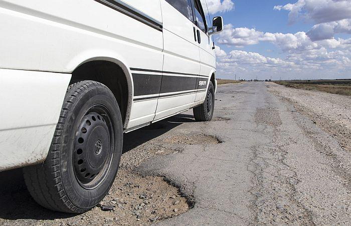 Mihajlović: Za obnovu puteva u Zapadnobačkom okrugu 4,5 milijardi dinara