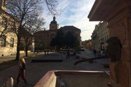 Maloletnici uništavali mobilijar u Sremskim Karlovcima i ukrali opremu iz Sokolskog doma