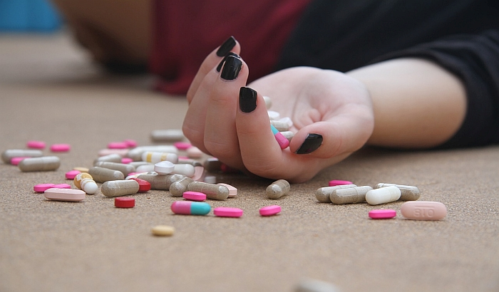 Svetska zdravstvena organizacija upozorava na stalan porast stope suicida među mladima