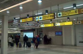 Zbog kvara aviona turisti iz Srbije noć proveli na dva aerodroma