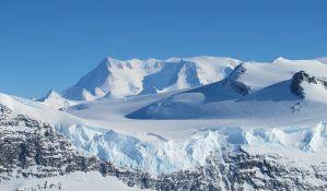 Otkrivena rupa na Antarktiku skoro veličine Menhetna