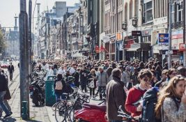 Amsterdam zbog masovnog turizma ograničava broj noćenja