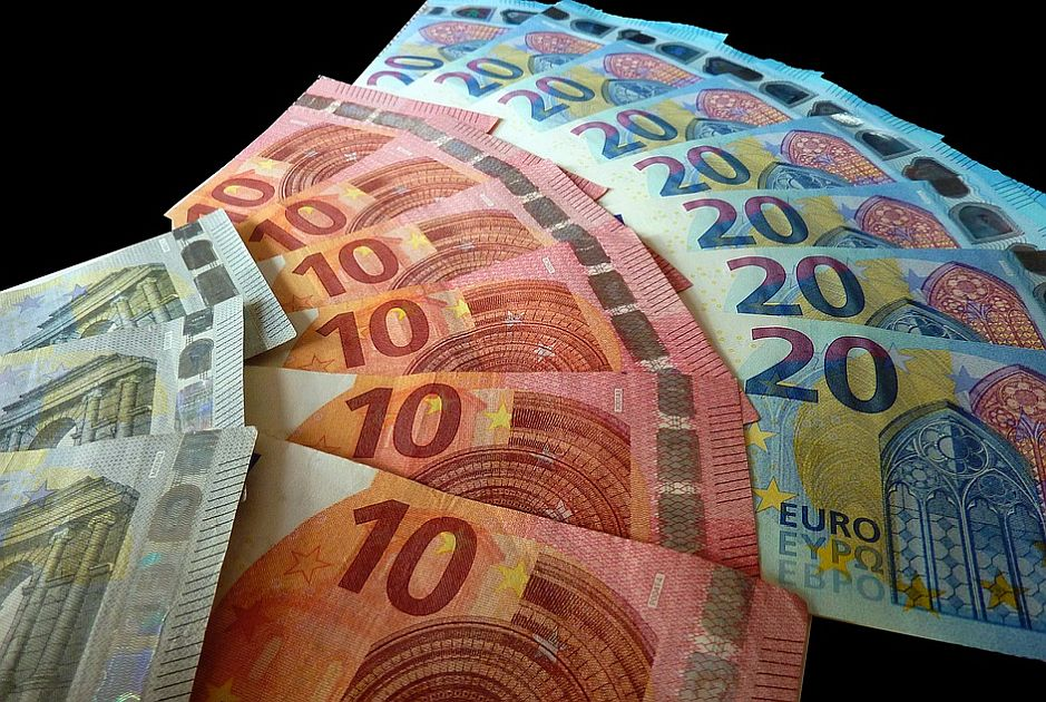 Počinje isplata 30 evra državne pomoći
