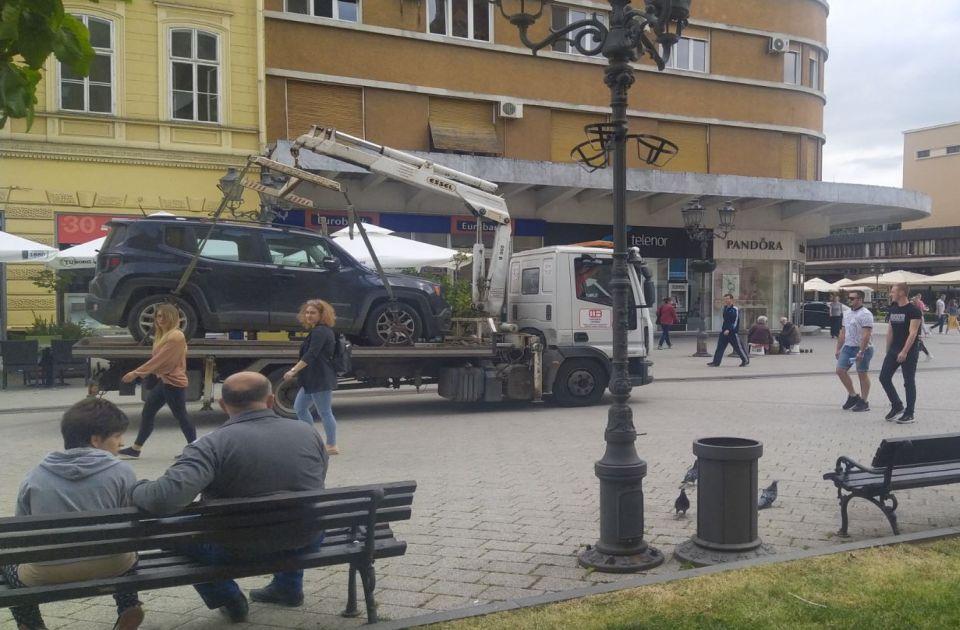 Pauk vreba i u pešačkoj zoni: Kartica za ulazak u centar grada ne znači i slobodno parkiranje