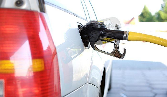 Vlada Republike Srpske smanjila cenu goriva