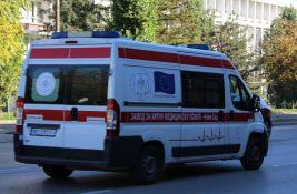 Dvojica povređena u udesu na Mišeluku, pešak kod Železničke stanice
