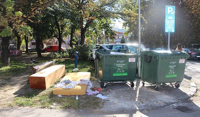 Zbog nepropisnog odlaganja otpada komunalci izdali 19 kazni i 130 upozorenja