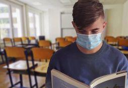 Tužba protiv direktora 300 škola jer su tražili od đaka da nose maske, moguće i kontratužbe