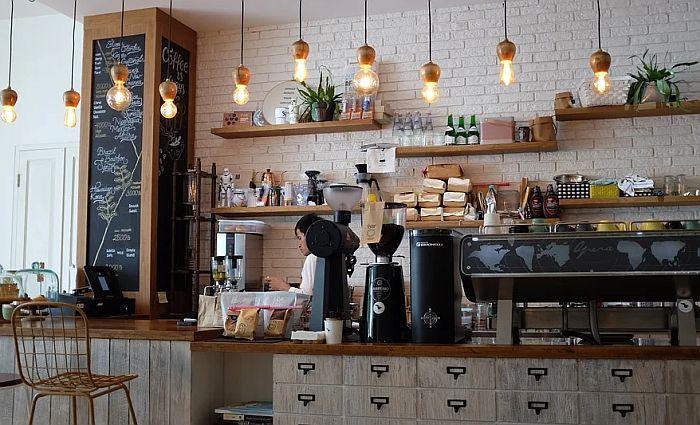 U Hrvatskoj se zatvaraju kafići i restorani do Božića
