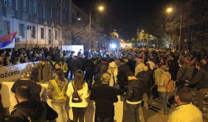 FOTO, VIDEO: Novosađani ponovo protestovali -