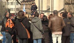 Štrajk glađu zaduženih u švajcarcima