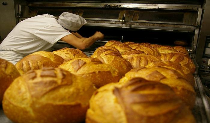 Nelojalna konkurencija i nedostatak radnika najveći problemi pekara u Srbiji
