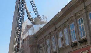 FOTO: Vatrogasci intervenisali u Dunavskoj zbog dima