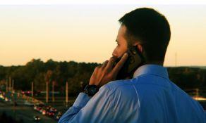 Indijci čuju obaveštenje o virusu korona kad nekog pozovu mobilnim telefonom