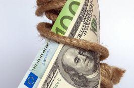 Više od 100 zemalja do guše u dugovima
