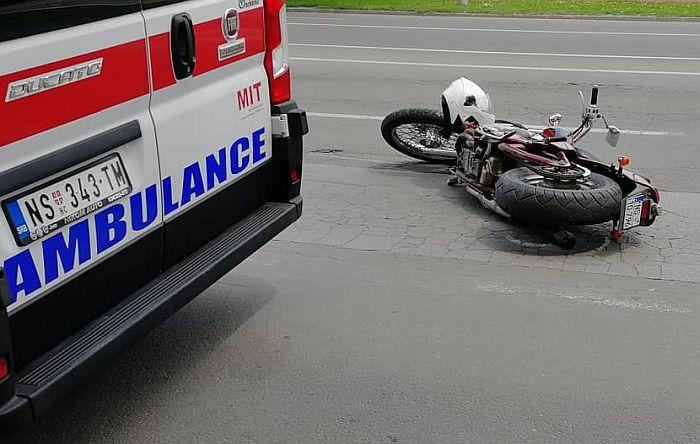 Pijana kolima u Sopotu izazvala udes u kojem je povređen motociklista