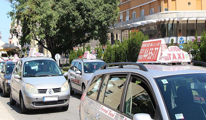 Ispit za taksiste u Novom Sadu 9. septembra
