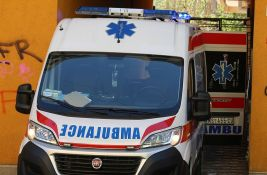 Deset udesa u Novom Sadu - sudarili se biciklisti, automobil sleteo s puta Budisava-Šajkaš