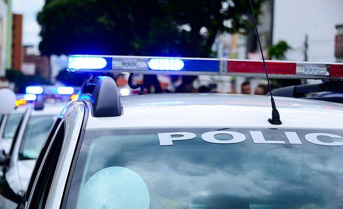 Ukrao kola Hitne pomoći u Norveškoj, pa povredio dve bebe
