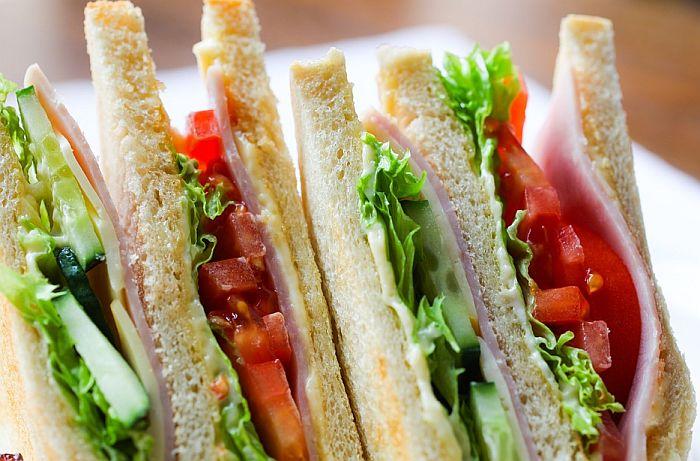 Zamrznuti sendviči povučeni sa američkog tržišta zbog komadića stakla i plastike